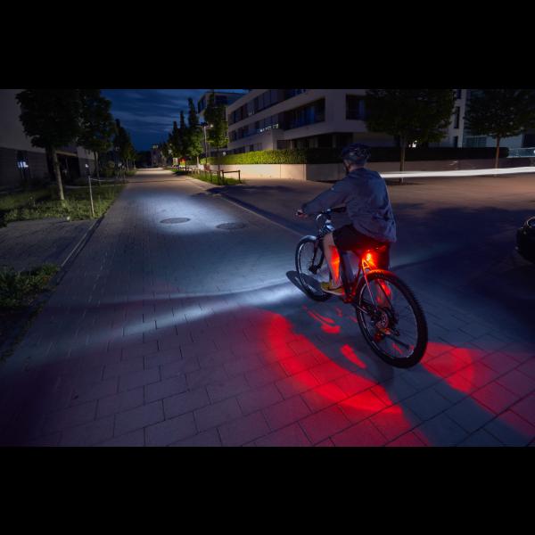 FISCHER TWIN Akku- Leuchten-Set 30 Lux mit 360 Grad Rückleuchte